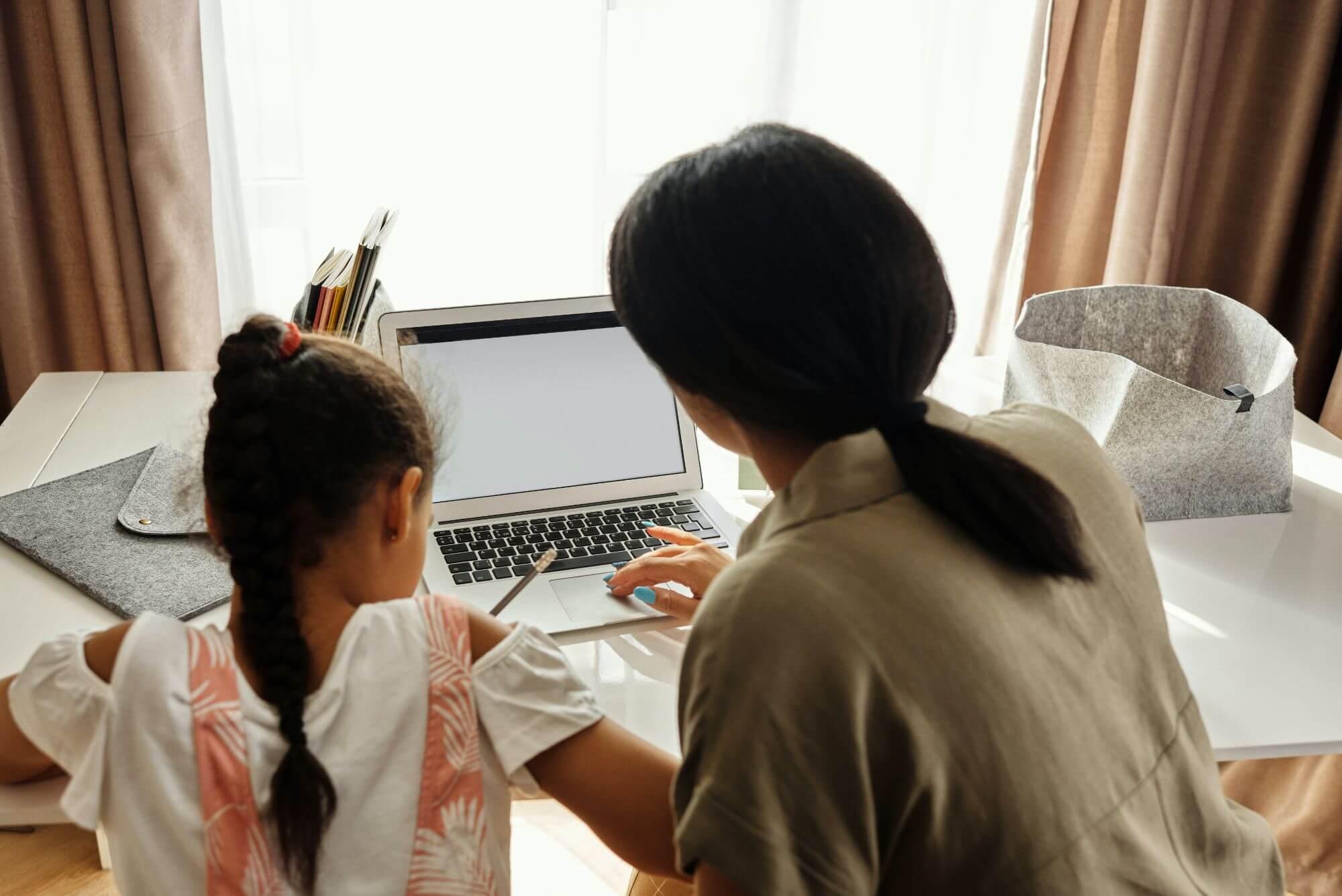 子供の英語学習の段階に合わせたDVDを選ぼう!